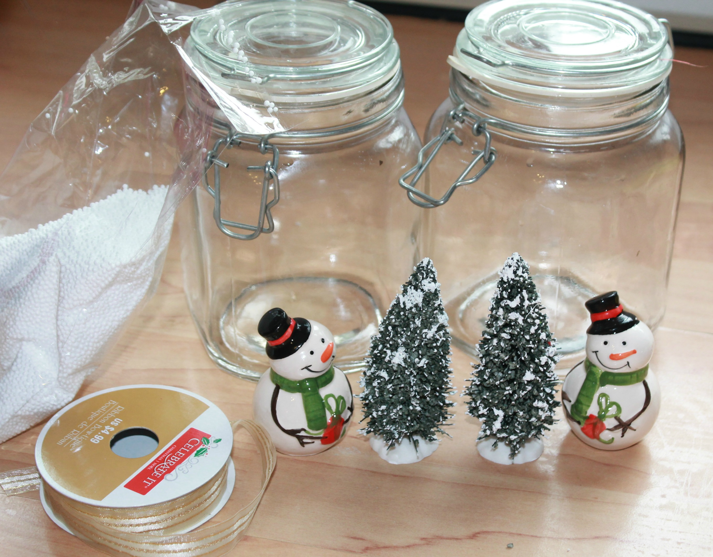 How to make easy snowman christmas table centerpieces Diy christmas table decorations