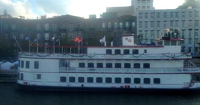 river-cruise-savannah