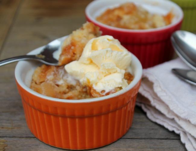 Caramel Apple Crumble Cake Recipe
